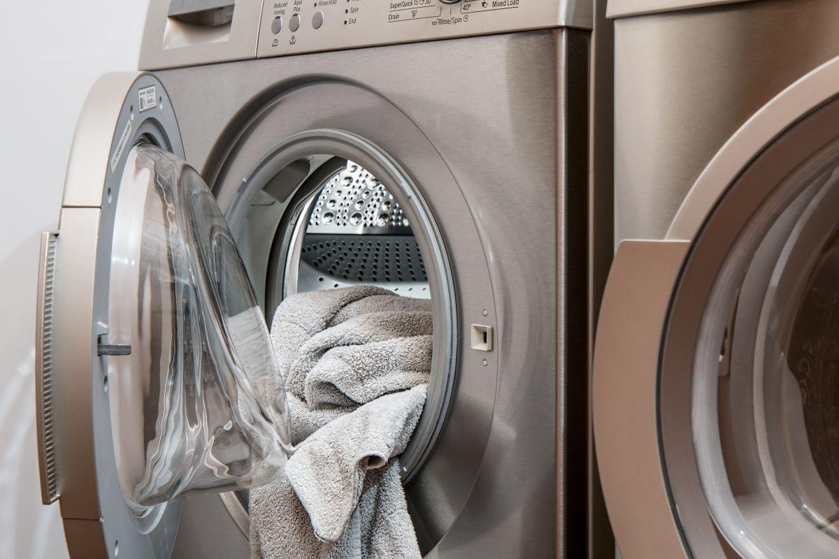 El cuidado de la ropa es otro de los factores a considerar en la compra de una lavadora.