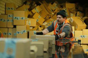 Amazon pagará durante 2020 $2.5 billones en bonificaciones a sus empleados
