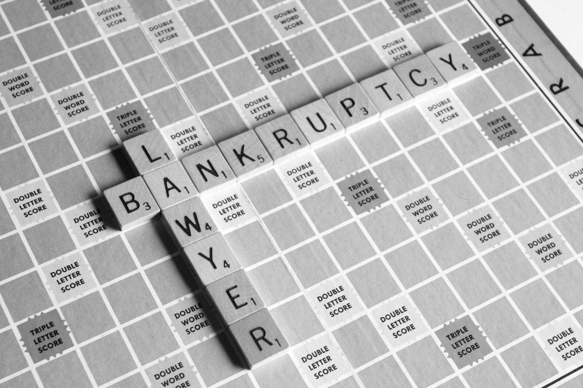 Los 6 errores más graves al querer pagar una deuda y que podrían hacer que te endeudes más