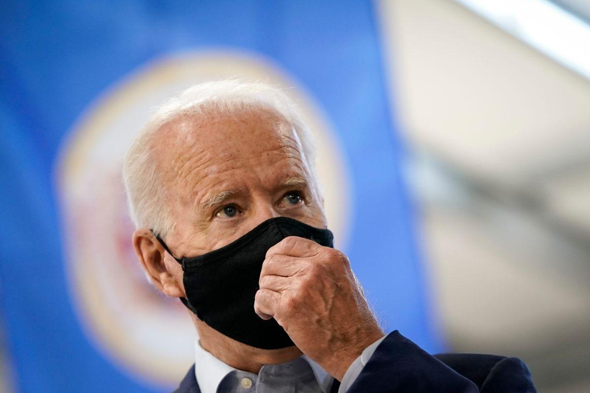 Biden recibe presiones para incluir licencia por enfermedad en un nuevo paquete de estímulo