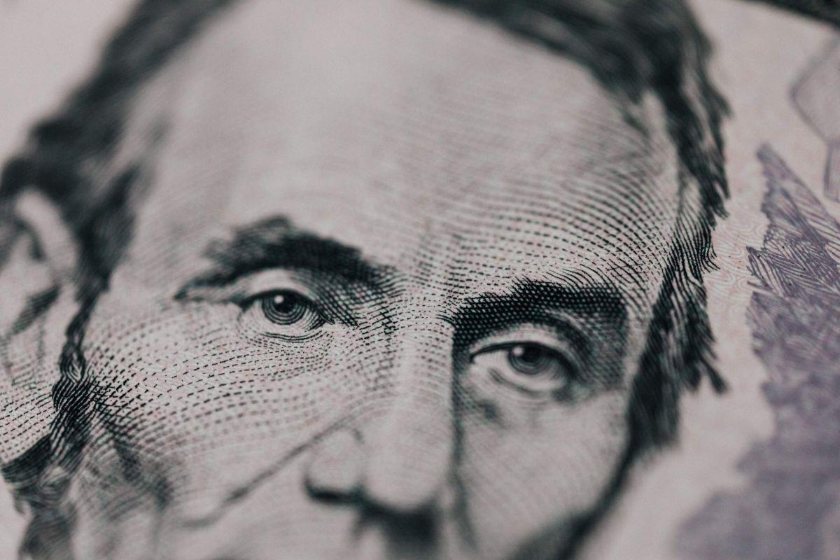 Qué significa ser financieramente responsable y cómo lograrlo para vivir tranquilo con tu dinero