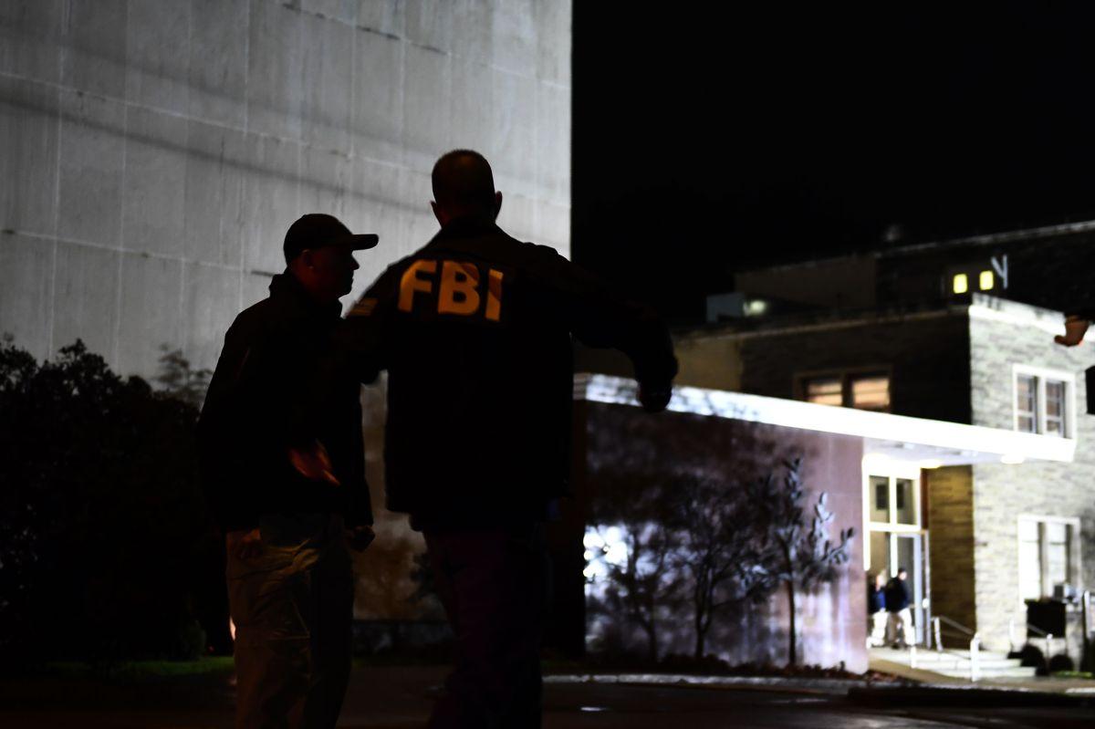 ¿Estás desempleado? Deberías pensar en trabajar para el FBI