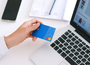 Las 4 preguntas que debes hacerte para descubrir si deberías cerrar tu tarjeta de crédito