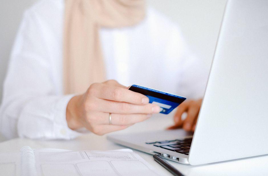 ¿No son cheques? El siguiente pago de estímulo podría llegar en una tarjeta EIP, qué es y cómo conseguirla