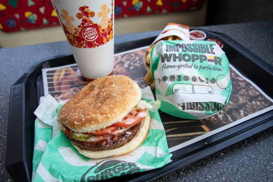 Burger King pondrá la receta de su Whopper en las envolturas para probar que ya no usa conservadores