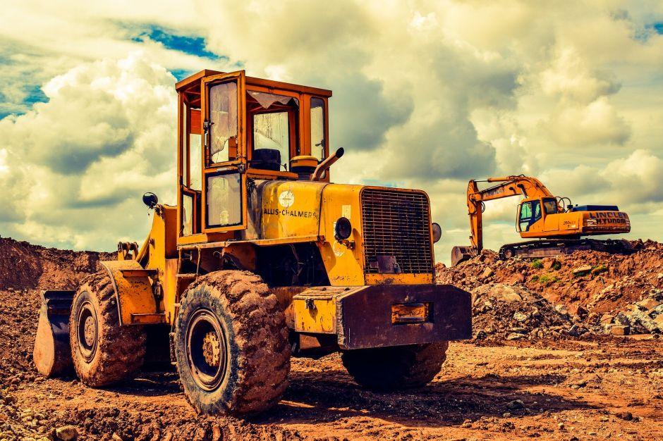 Cómo convertirte en operador de equipos de construcción y cuánto podrías ganar