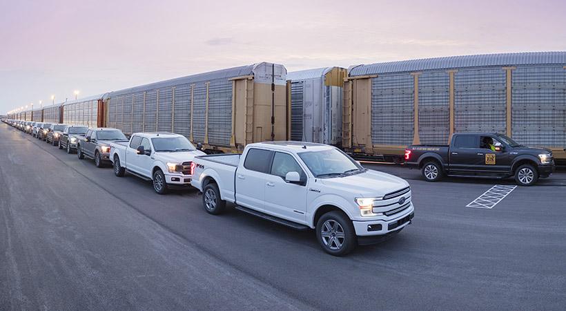 La Ford-150 tendrá un modelo híbrido y otro eléctrico.