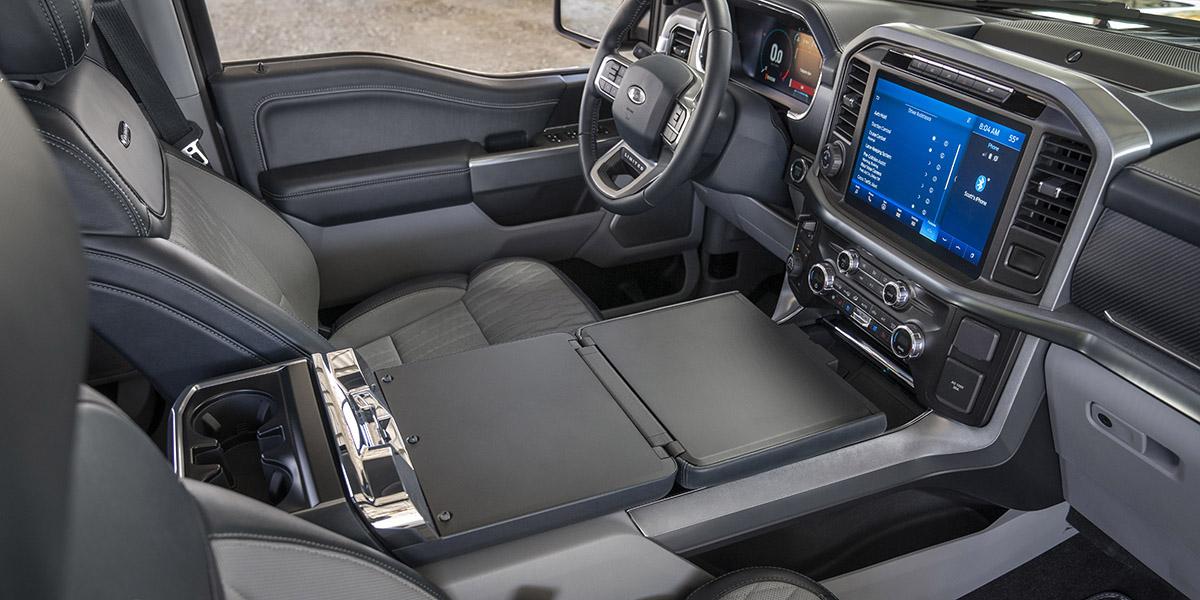 Interior de la Ford F-150. / Foto: Ford