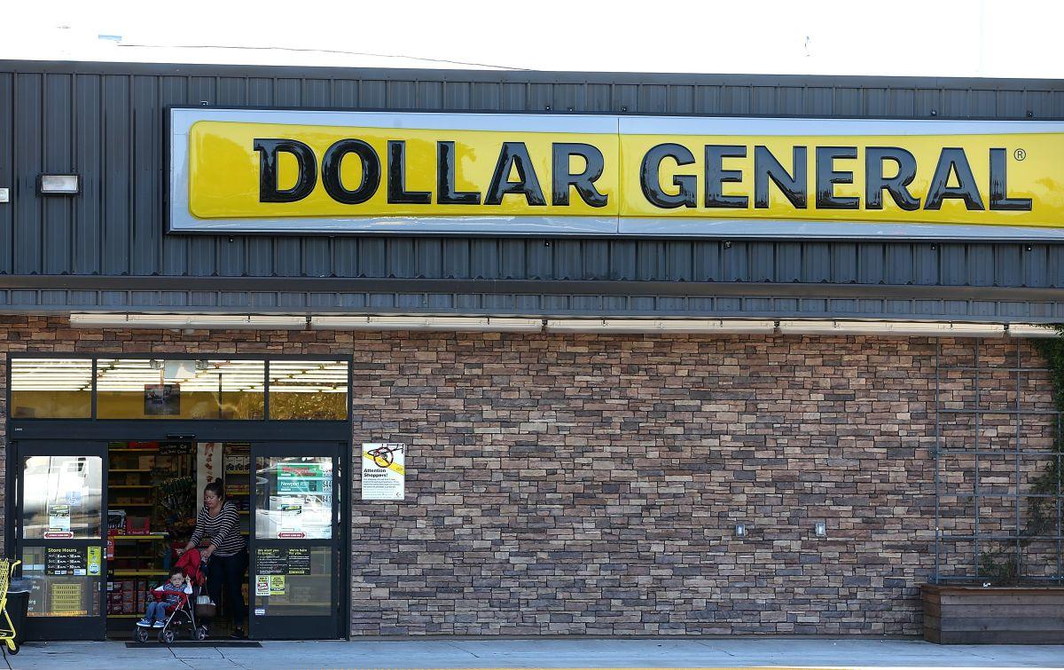Cómo aplicar, cuánto se cobra y cómo es la experiencia de trabajar en una tienda de a dólar en Estados Unidos