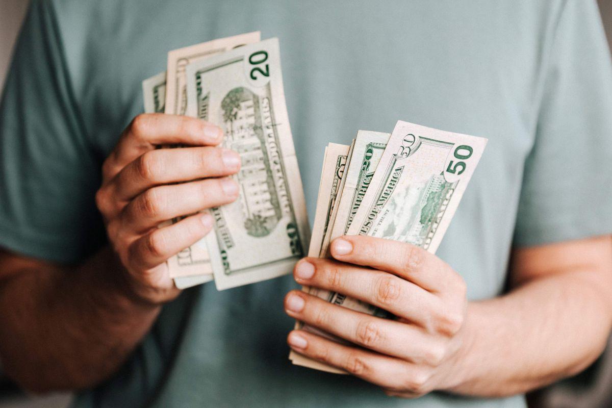 Cómo dice la Fed que la mayoría de los americanos ha usado su primer cheque estímulo