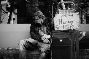Un cuarto cheque de estímulo y hasta un quinto pago necesarios para combatir la pobreza del país, según estudio