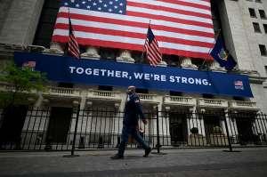 La economía estadounidense creció a niveles recórd en el tercer trimestre pero, ¿qué hay de la crisis?