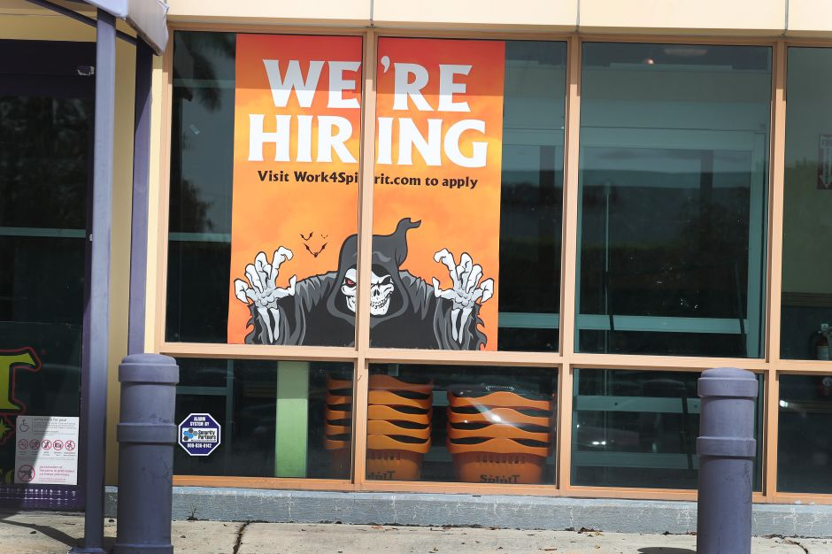Se recibieron 9,000 solicitudes de ayuda por desempleo menos que la semana pasada