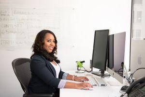 Qué habilidades necesitas si quieres iniciar tu carrera como asistente o secretaria