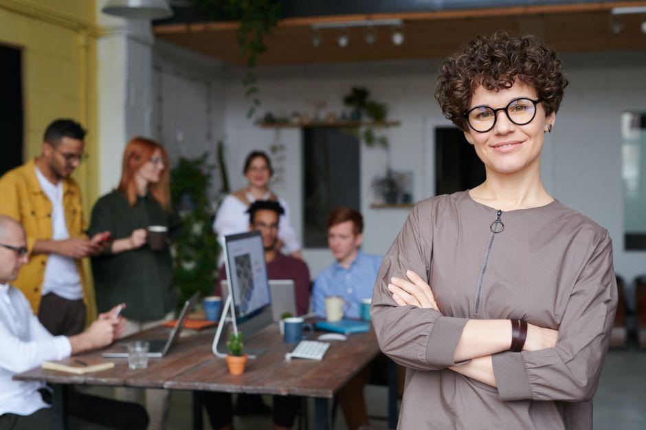 La fórmula para mejorar la productividad de sus empleados: hágalos felices
