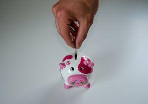 Lo que debes hacer y lo que no para ahorrar la mayor cantidad de dinero durante una recesión