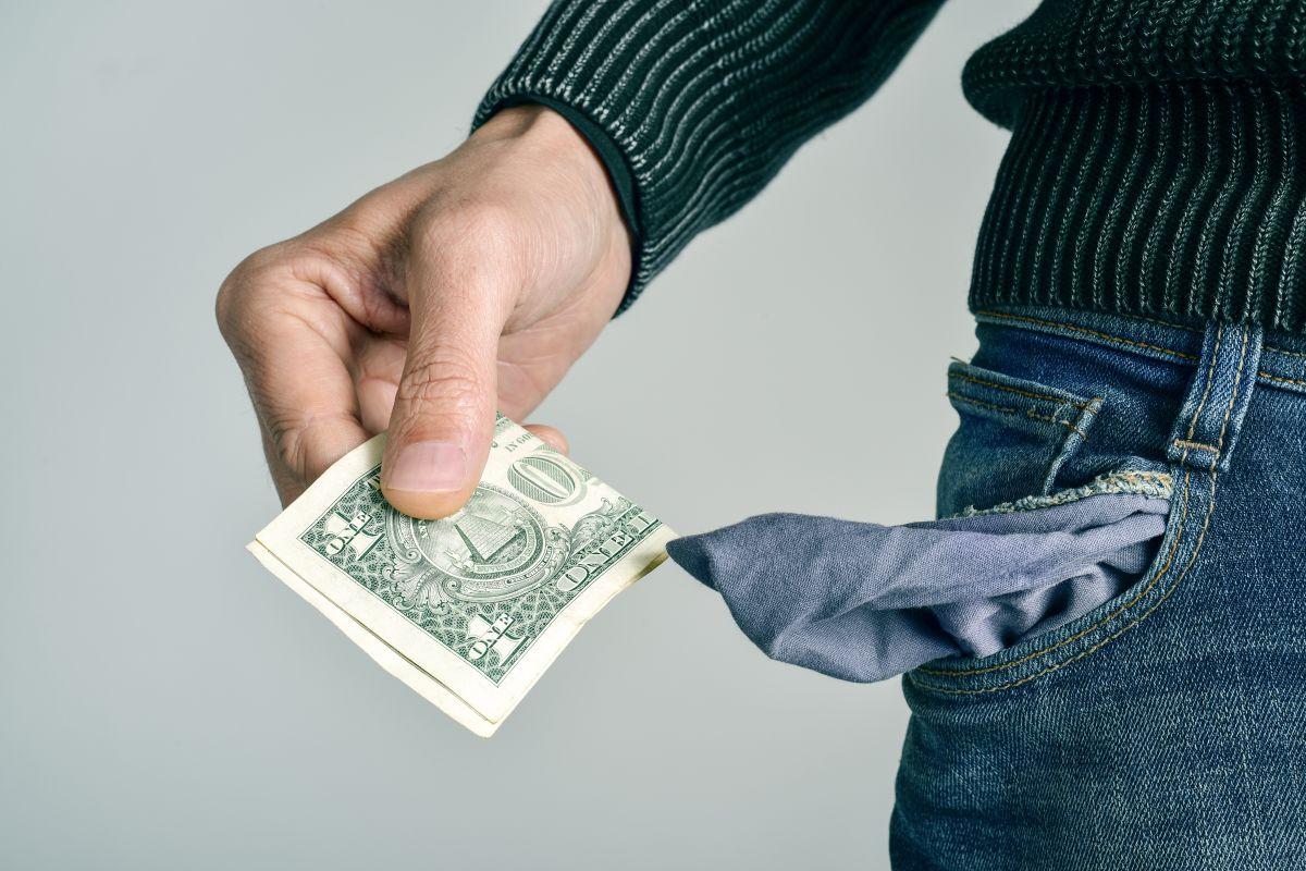 5 poderosas razones por las que no puedes dejar de ser pobre