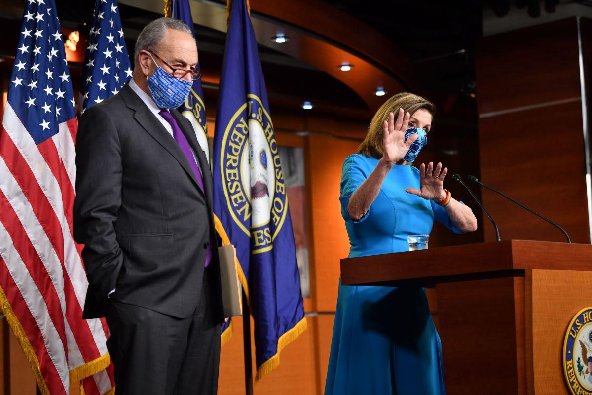 Demócratas enfrentan divisiones internas de cara a negociaciones por acuerdo de estímulo