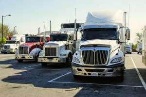 Cómo convertirte en conductor de camión y ganar cerca de $60,000 anuales