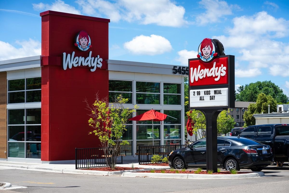 Cuánto le pagan a un empleado de Wendy's
