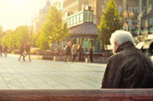 Si quieres vivir solo con lo que te den de jubilación de tu Seguro Social, ésta es la manera de hacerlo