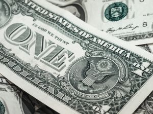 A cuánto está el dólar este viernes frente al peso mexicano, que sigue en caída