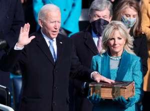 Cuáles son las críticas de los economistas al tercer cheque de estímulo propuesto por Biden