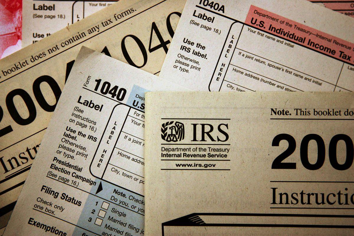 El IRS continúa enviando pagos correspondientes al primer y segundo cheque de estímulo en forma de crédito de reembolso de recuperación.