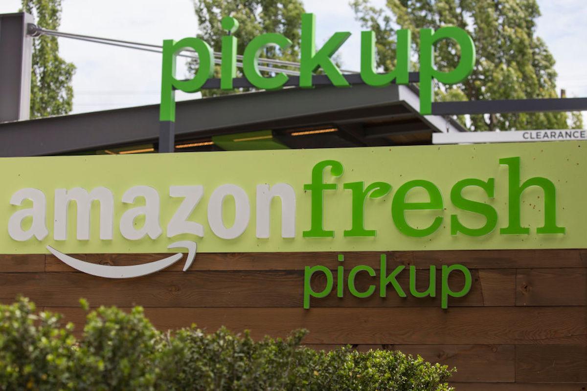 ¿Pollo rostizado más barato que en Costco? Amazon Fresh prioriza los precios bajos en sus nuevas sucursales físicas