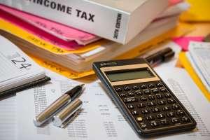 Qué debes tener en cuenta al buscar un preparador de impuestos que te ayude con tu presentación para que no te estafen
