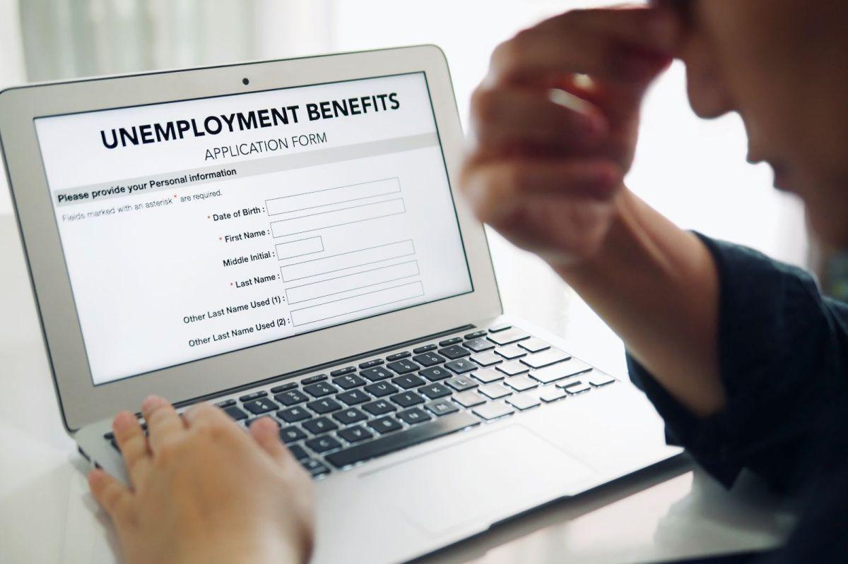 Algunas personas podrían perder el beneficio de $300 dólares del seguro de desempleo federal en su estado, ve el porqué.