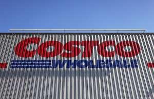 Según grandes inversionistas, por qué Costco es mejor que Amazon