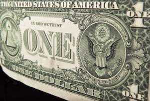 El dólar sigue el repunte frente al peso mexicano
