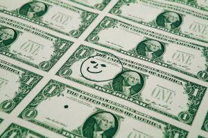 El dólar avanza tras el feriado del Día del Presidente y el peso mexicano cae