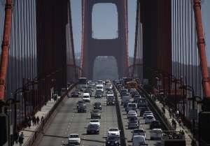 De dónde saca dinero California para dar cheques de estímulo de $600 dólares