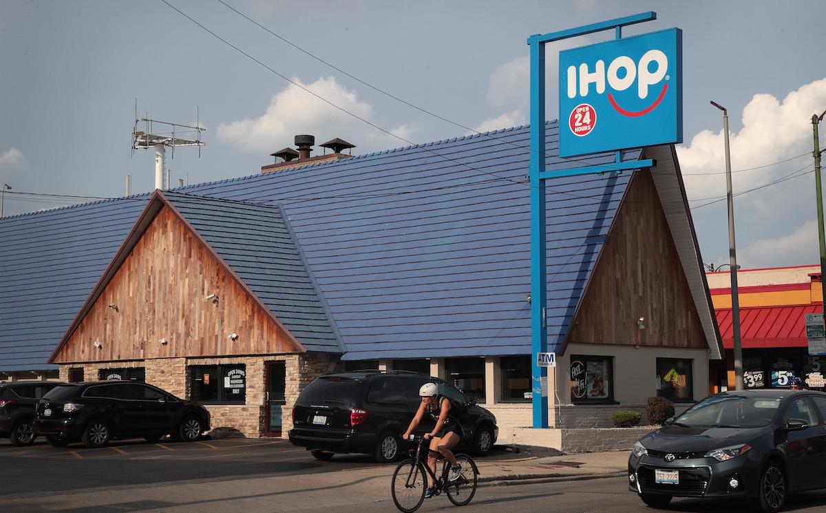 IHOP ofrece comida gratis durante un mes como parte del Día Nacional del Pancake