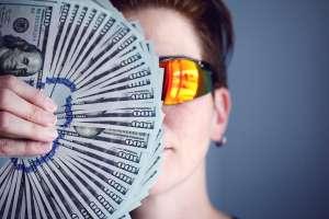 ¿Has logrado juntar $20,000 dólares? Consejo de expertos para invertirlo productivamente