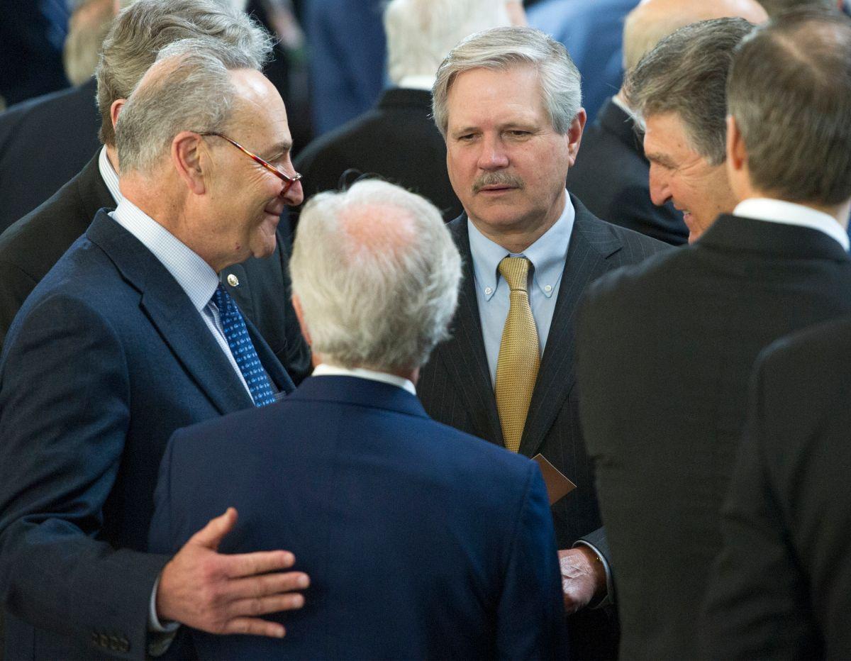 A prueba la unidad de los demócratas para sacar adelante el paquete de estímulo del presidente Biden