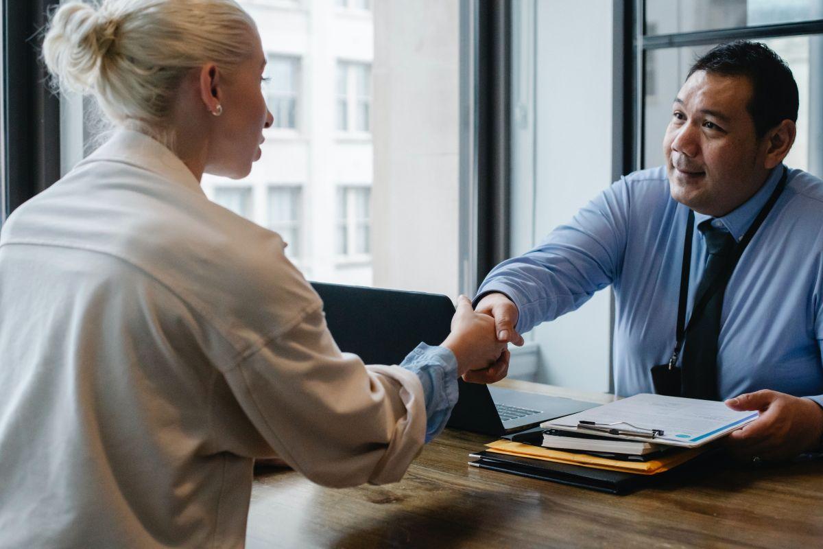 Qué estrategias son efectivas para mejorar tu probabilidad de que te llame un reclutador