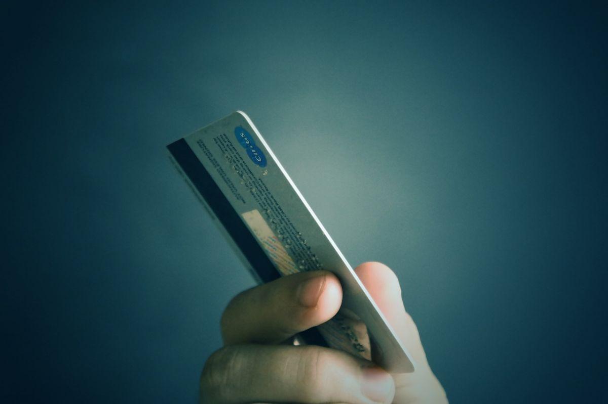 Solicita la tarjeta de la DebicuentaExprés online
