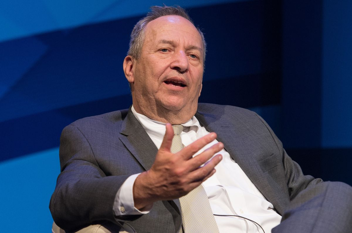 Larry Summers acusó de intransigentes e irresponsables a los demócratas.