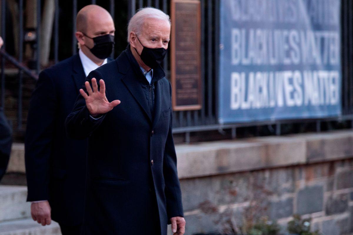 Un paso gigante. El presidente Biden celebró la aprobación del paquete de estímulo