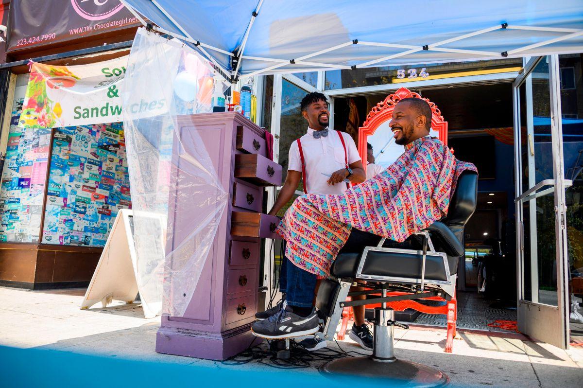 Las peluquerías propiedad de latinos podrán acceder a los beneficios del Plan de Rescate Estadounidense.