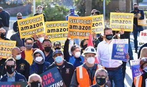 Amazon, amenazado por sus trabajadores en Alabama: por qué las condiciones de trabajo en la empresa están tan cuestionadas