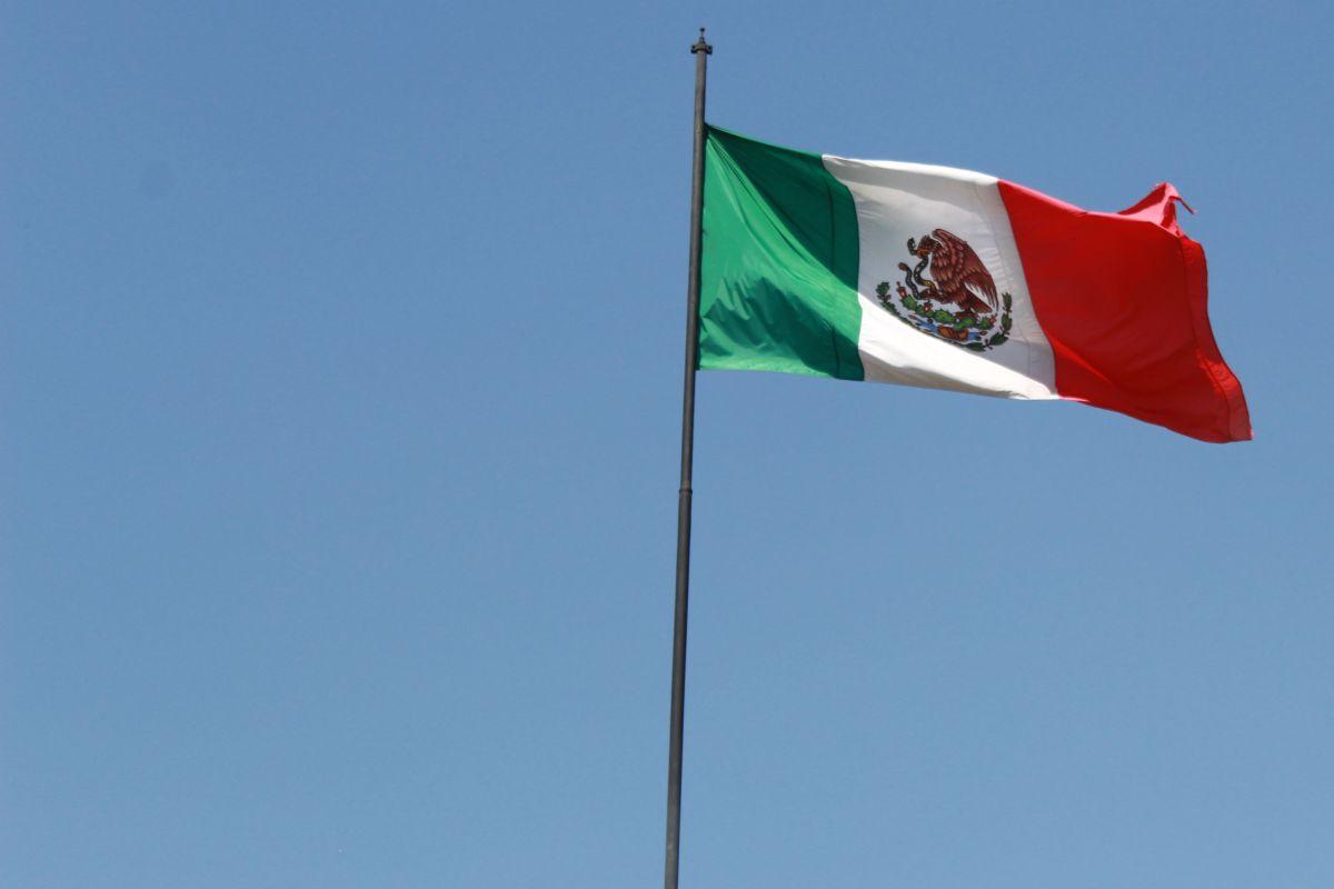 Mexicanos en el exterior podrán beneficiar a familiares con seguridad social.