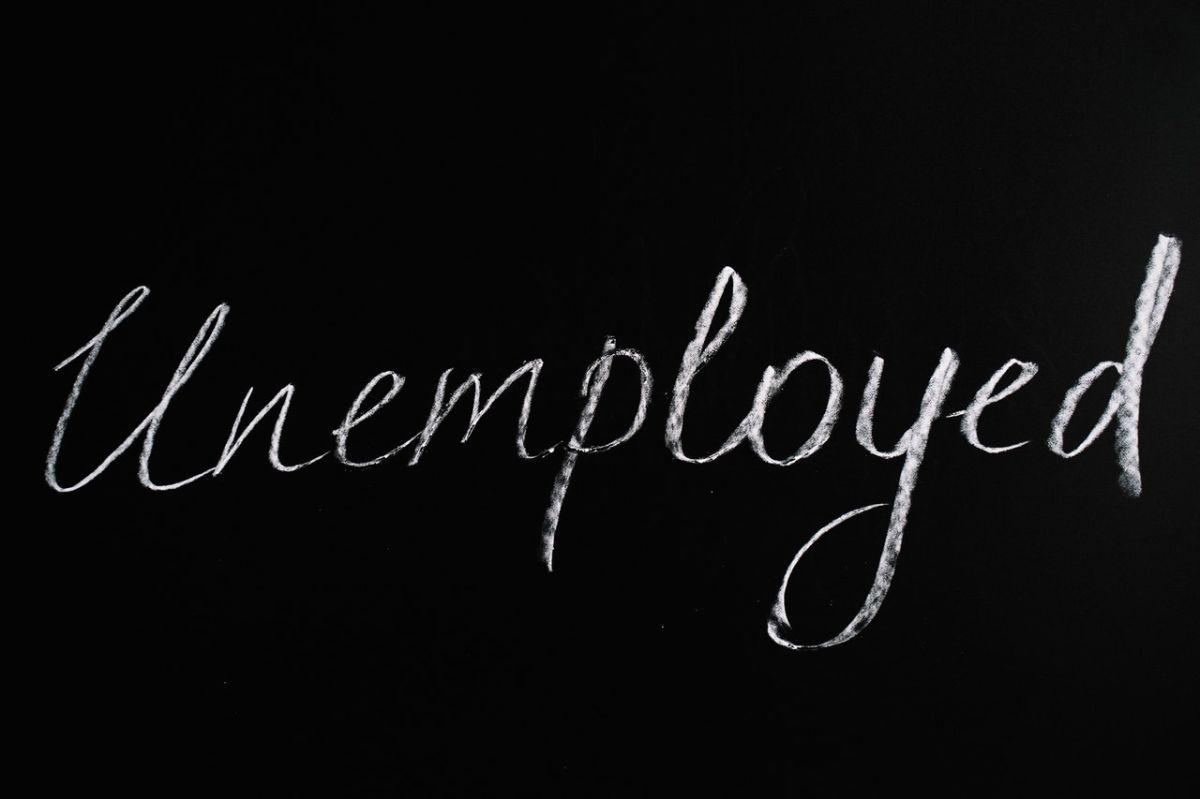 Los beneficios por desempleo del tercer paquete de estímulo podrían tener retrasos.