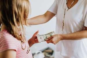 Cómo lograr que tu hijo tenga un ahorro grande y lo pueda usar libre de impuestos, guardando sólo $25 por día