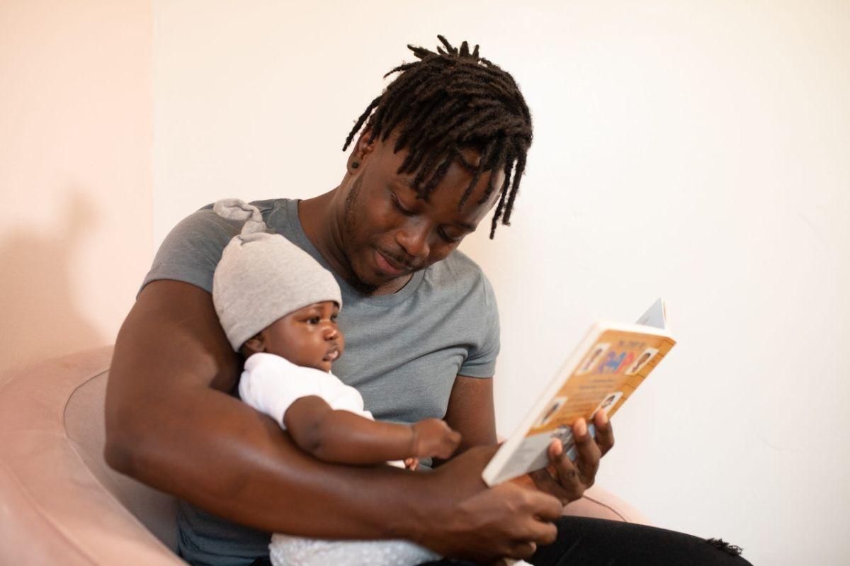 El nuevo Crédito Tributario por Hijos te otorga hasta $3,600 dólares por cada menor de seis años.