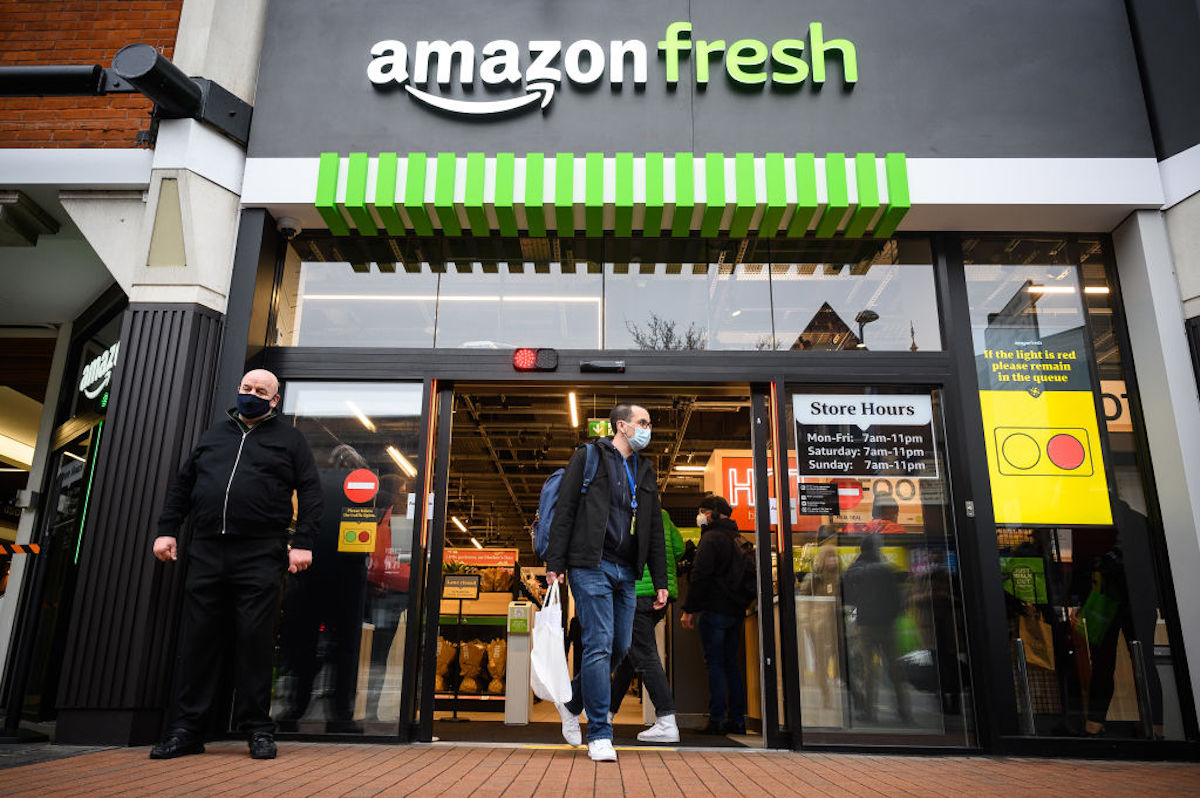 El concepto Just Walk Out ya opera también en la primera tienda Amazon Fresh del Reino Unido.