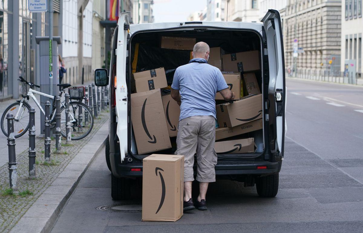 La flotilla de reparto de Amazon ya superó los 100,000 conductores.